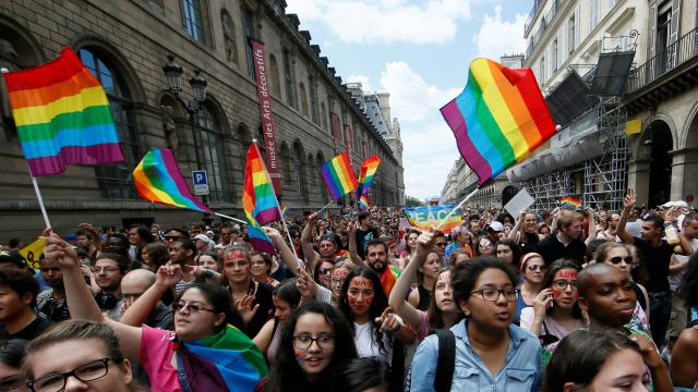 de nombreuses marches de la fierté gay auront lieu